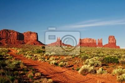 Słoneczny dzień w Arches Canyon. Utah. USA