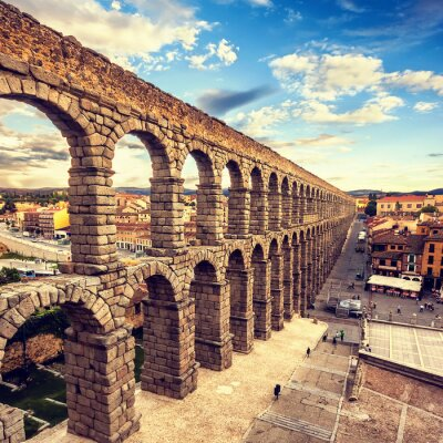 Obraz Słynny starożytny akwedukt w Segowii, Castilla y Leon, Hiszpania