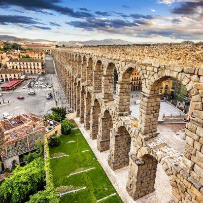 Obraz Słynny starożytny akwedukt w Segowii, Castilla y León, Hiszpania