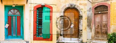 Stare drewniane drzwi. (Frome Crete island, Grecja)
