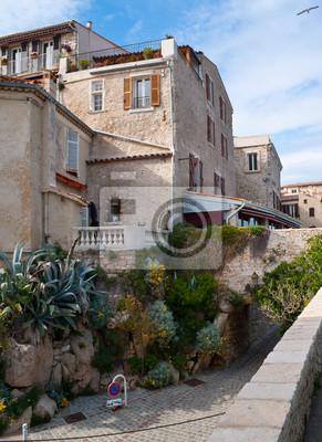 Stare miasto francuskiej riwierze