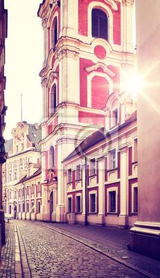 Stare Miasto w Poznaniu o wschodzie słońca, kolor tonowanie stosowane, Polska.