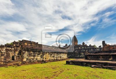 Starożytna buddyjska świątynia Khmerów w Angkor Wat kompleksu
