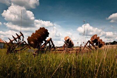 Stary sprzęt rolniczy