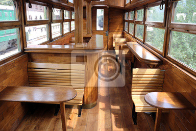 stary wagon kolejowy wnętrze rocznika