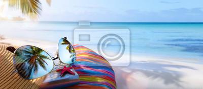 Obraz summer vacation; tropical beach background;