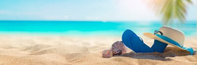 Obraz Sunny tropical beach with turquoise water, summer holidays vacation background, seashells in sand, palm tree on the beach