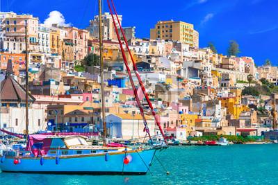 Sycylia - piękne nadmorskie miasteczko Sciacca na południu wyspy. Włochy
