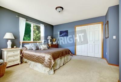 Sypialnia Z Murów Marynarki I Białe Zasłony Piękne łoże Małżeńskie Obrazy Redro