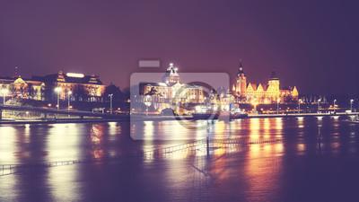 Szczecin (Stettin) City at night, vintage stonowanych obraz, Polska.