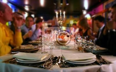 Obraz szczęśliwych ludzi, w restauracji !