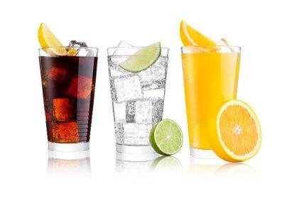 Obraz Szklanki coli i pomarańczowego napoju gazowanego i lemoniady