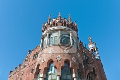 Szpital znajduje się w Saint Pau w Barcelonie, Hiszpania