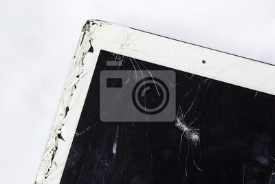 Tablet crack