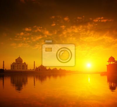 Taj Mahal Agra India słońca