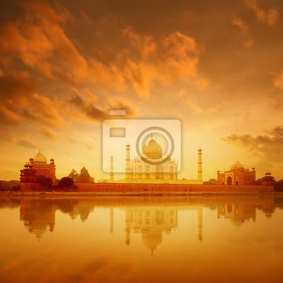 Taj Mahal Agra Indie na wschodzie