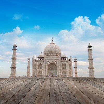 Taj Mahal Agra Indie z błękitne niebo