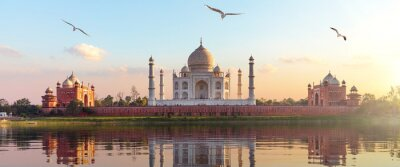 Obraz Taj Mahal sunrise panorama, Agra, Uttar Pradesh, India