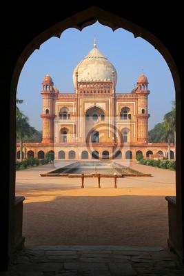 Obraz Tomb of Safdarjung seen from main gateway, New Delhi, India