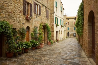 Obraz tradycyjnych obrazkowych uliczki starych włoskich wiosek