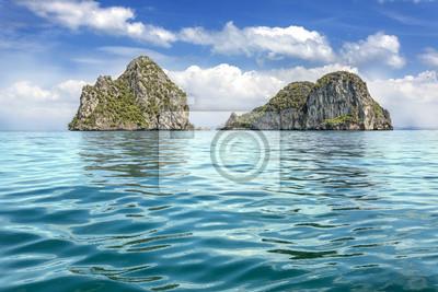 Tropikalne niezamieszkałych wysp na Morzu Andamańskim, Krabi, Tha