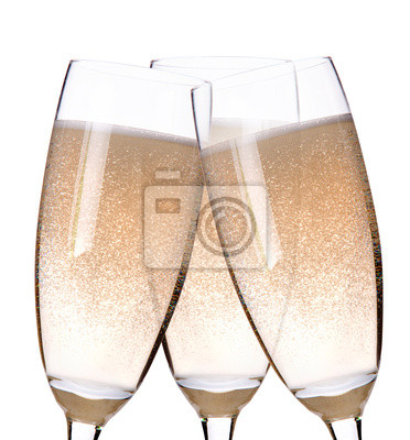 trzy kieliszki szampana flety