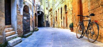 Ulice Starego obrazkami serii - Pitigliano Włochy