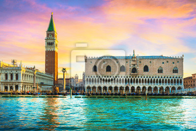 Obraz Venice landmark at dawn, Piazza San Marco with Campanile and Doge Palace. Italy