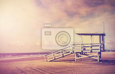 Vintage filtrowany obraz wieży ratownik, Kalifornia, USA.