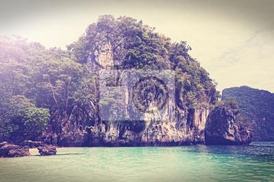 Vintage filtrowany obraz wyspy Morza Andamańskiego Tajlandia.
