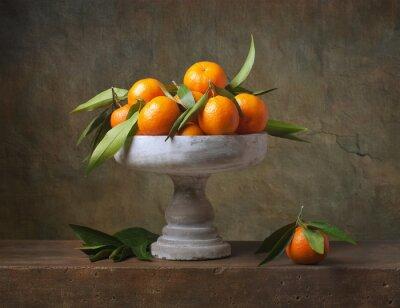 Obraz Vintage martwa natura z mandarynki w wazonie na owoce