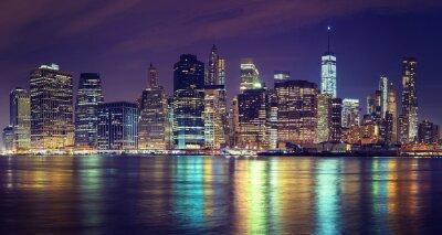 Obraz Vintage stonowanych Manhattan Skyline w nocy, NYC, USA.