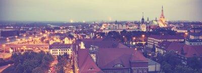 Vintage stonowanych widok na panoramę Szczecina.