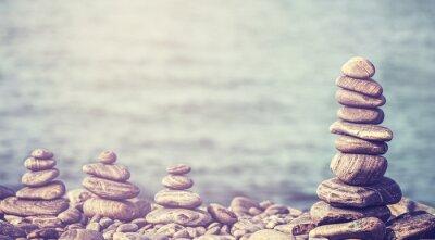 Vintage stylu retro hipster obraz kamieni na plaży, spa concep