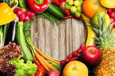 Obraz Warzywa i owoce w kształcie serca