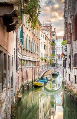 Obraz Wąski kanał w Wenecji