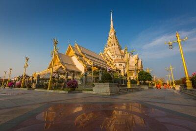 Wata Sothon Wararam Worawihan świątynia w Chachoengsao prowinci, Tajlandia