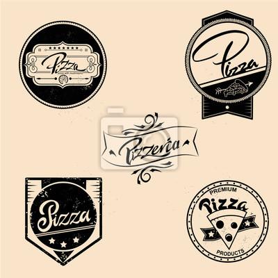 Wektor zestaw etykiet pizzy, elementów konstrukcyjnych, emblematy, naszywki. Izolowane logo ilustracji w stylu vintage
