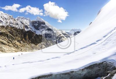 Widok Cho La pass, Himalajach w Nepalu.