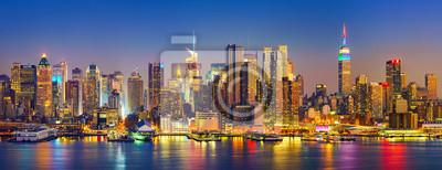 Obraz Widok na Manhattan w nocy, New York, USA