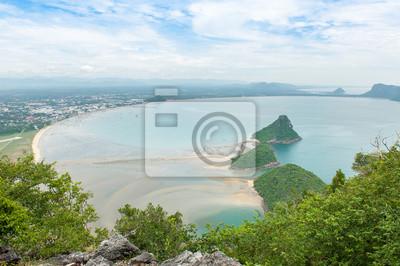 Widok na morze wysoki kąt Ao manao zatoce w Prachuap Khiri Khan, Tajlandia.