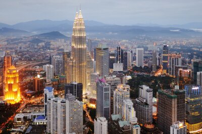 Obraz Widok z lotu ptaka na Nightfall Kuala Lumpur