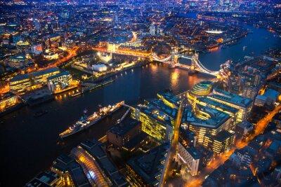 Obraz Widok z lotu ptaka nocnym Londynie