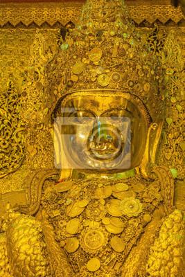 Wielki złoty posąg Mahamuni Budda w Mandalay, Myanmar