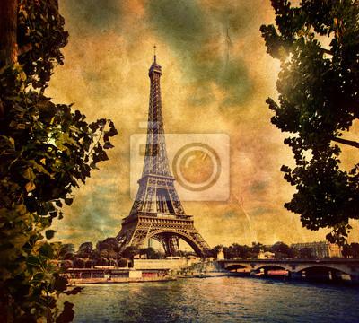 Wieża Eiffla w Paryżu, Fance w stylu retro. Sekwany
