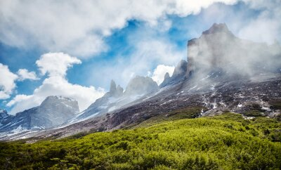 Wilderness z Torres del Paine National Park, Chile.