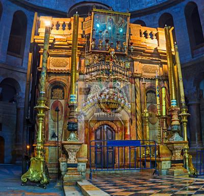Wnęce wieży kaplica