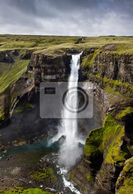 Wodospad w Islandii