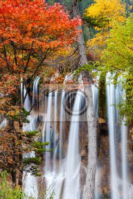 Wodospad w Park Narodowy Doliny Jiuzhaigou