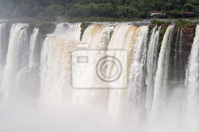 Wodospady Iguazu widziane od strony argentyńskiej.